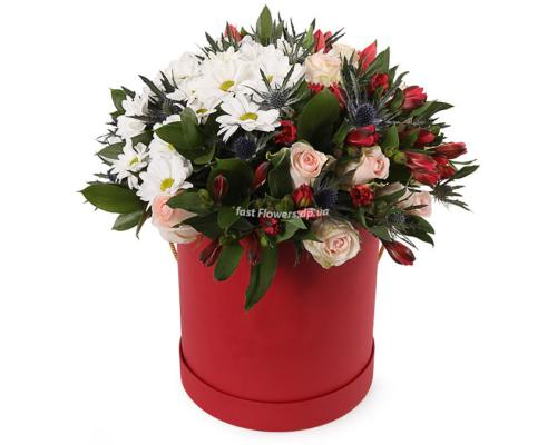 """Коробка """"Вальс"""" из Альстромерии, тюльпанов, розы и хризантемы"""