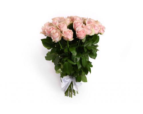 25 ніжно рожевих троянд у букеті