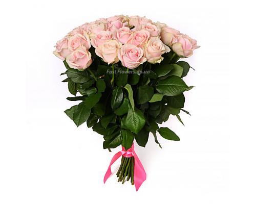 35 нежно розовых роз в букете