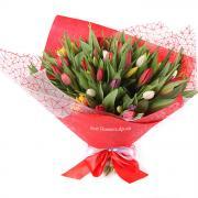 51 різнокольоровий тюльпан в корейському стилі